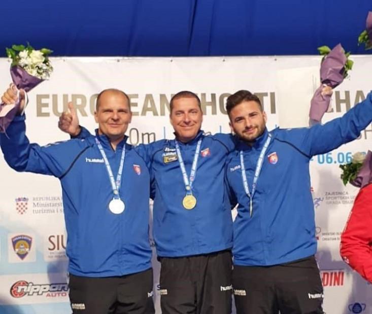 Športovci z ŠCP získali niekoľko medailí, aktívne boli aj ŠKP kluby